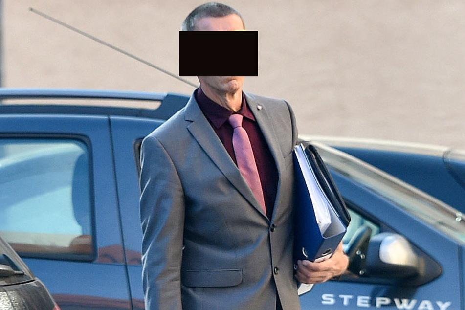 Jürgen U. (59) äußerte sich zu den Vorwürfen im Gericht bisher nicht.
