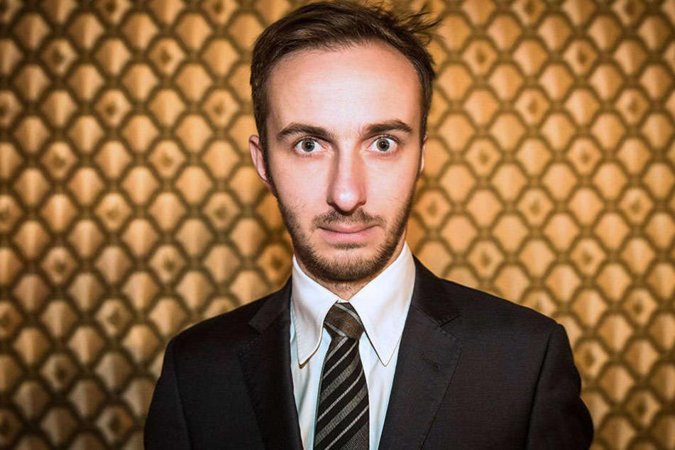 """Jan Böhmermann wurde vom """"Playboy"""" zum Mann des Jahres gekürt."""