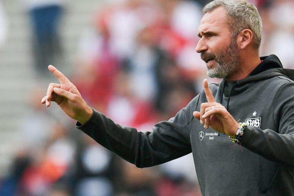 Dirigiert seinen VfB gegen seinen Ex-Club Kiel von der Seitenlinie: TrainerTim Walter.