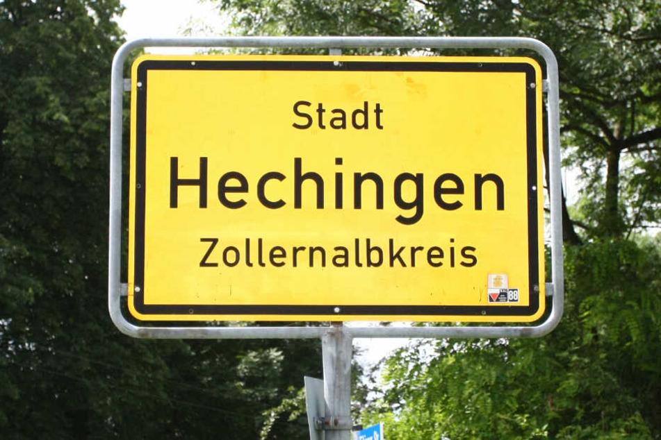Das Ortsschild der Stadt Hechingen.