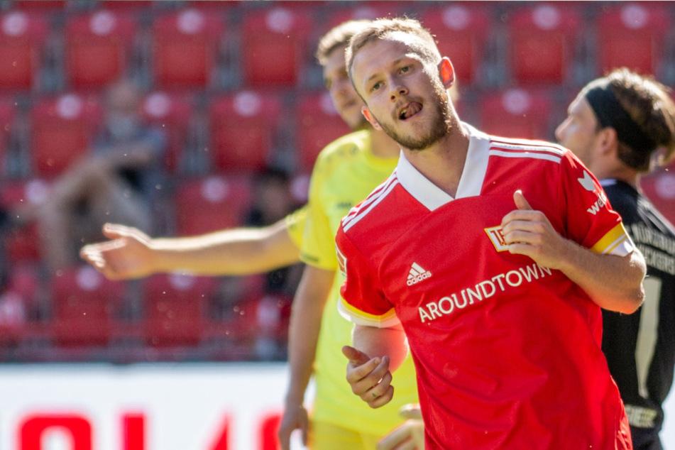 Berlins Cedric Teuchert jubelt nach seinem Treffer zum 2:0.