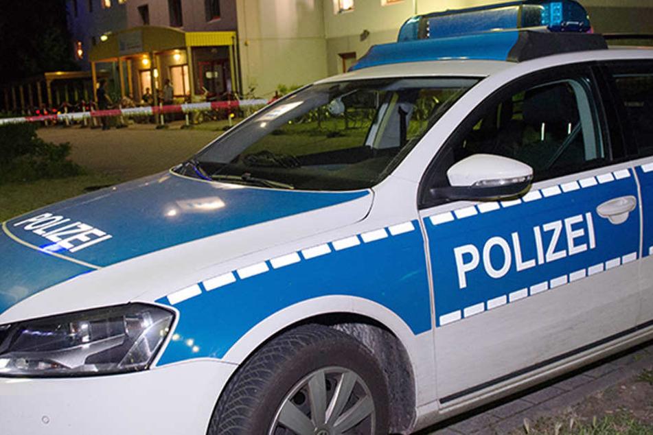 Die Teenager konnten nach Flucht schnell ausfindig gemacht und festgenommen werden. (Symbolbild)