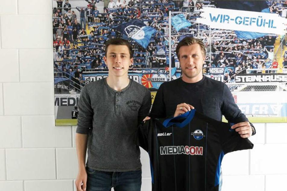 Markus Krösche (rechts) freut sich über den Verbleib von Ron Schallenberg beim SCP.