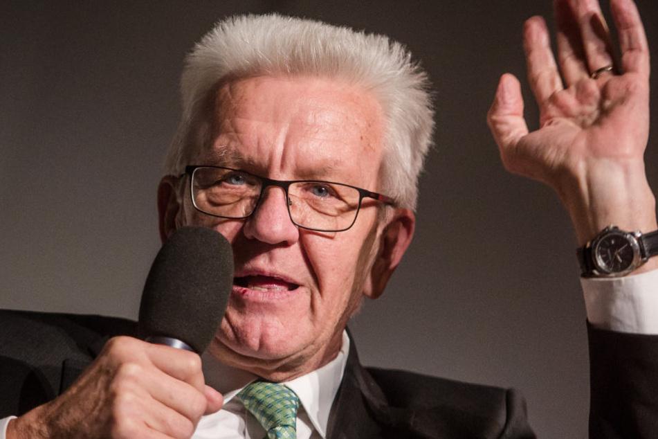 Seine Regierung in Baden-Württemberg spricht sich gegen die Grundgesetzänderung aus: Ministerpräsident Winfried Kretschmann (Grüne). (Symbolbild)