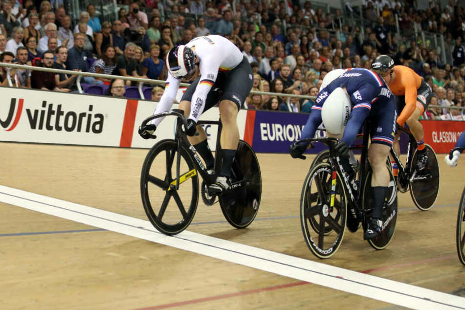 Stefan Bötticher aus Chemnitz radelte über die Ziellinie und damit direkt zu Gold.