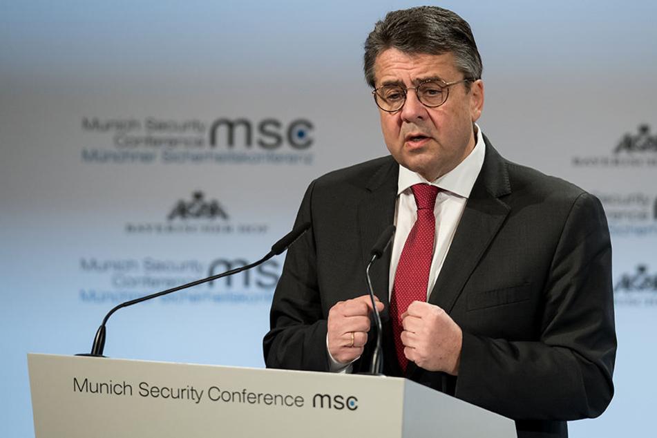 Bleibt Sigmar Gabriel (58, SPD) der Außenminister?