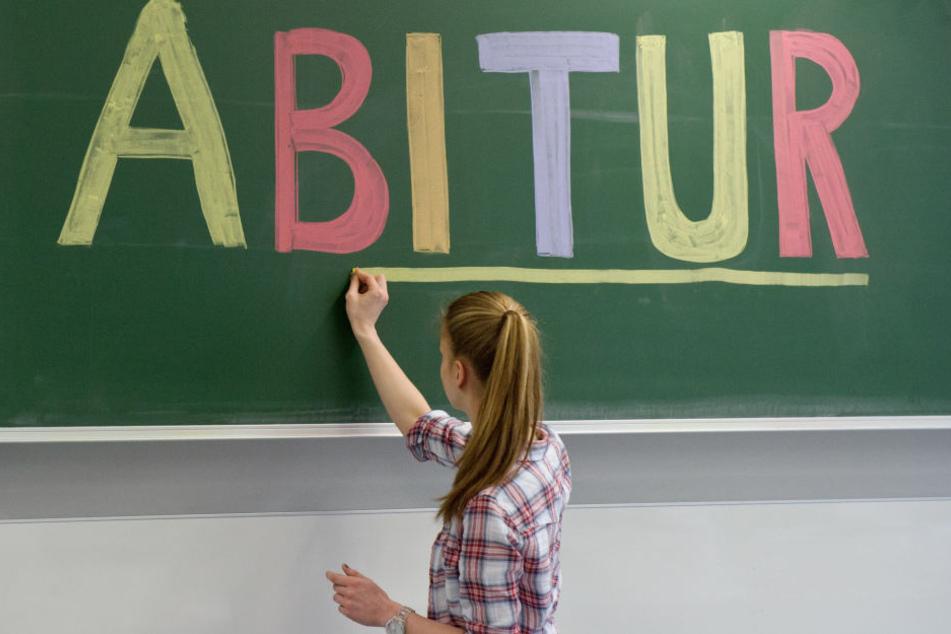 Kaum hat man sich an eine Abi-Prüfungsregelung gewöhnt, da soll schon die neue kommen.