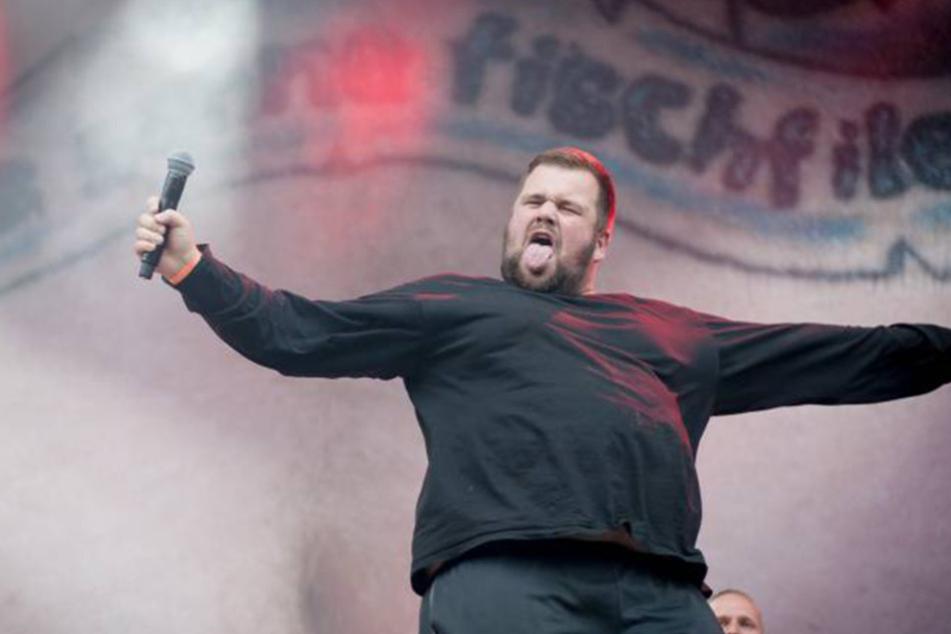 """Jan """"Monchi"""" Gorkow, Sänger von Feine Sahne Fisch Filet. Die autonome Punkband tauchte 2012 im Verfassungsschutz-Bericht auf."""