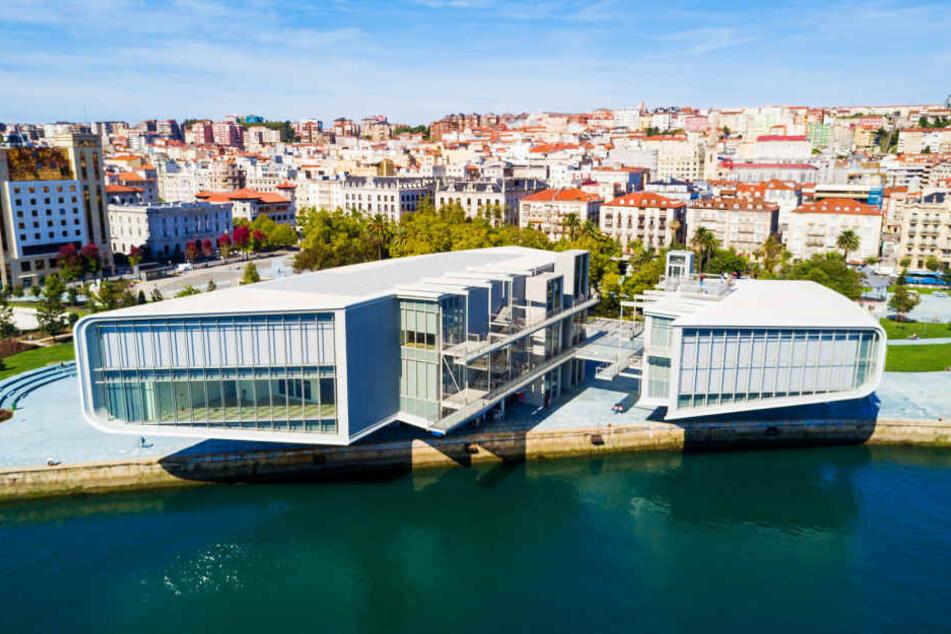 Spaniens nördliche Region Kantabrien ist um eine Attraktion reicher: das Kulturzentrum Centro Botín des Stararchitekten Renzo Piano.