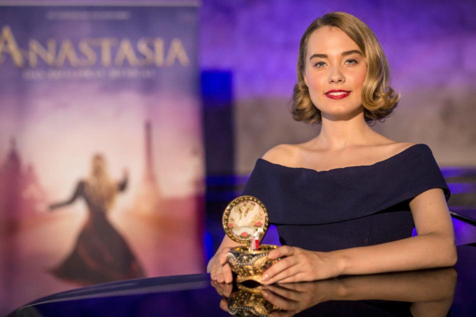 Sie spielt die Anastasia: Judith Caspari.