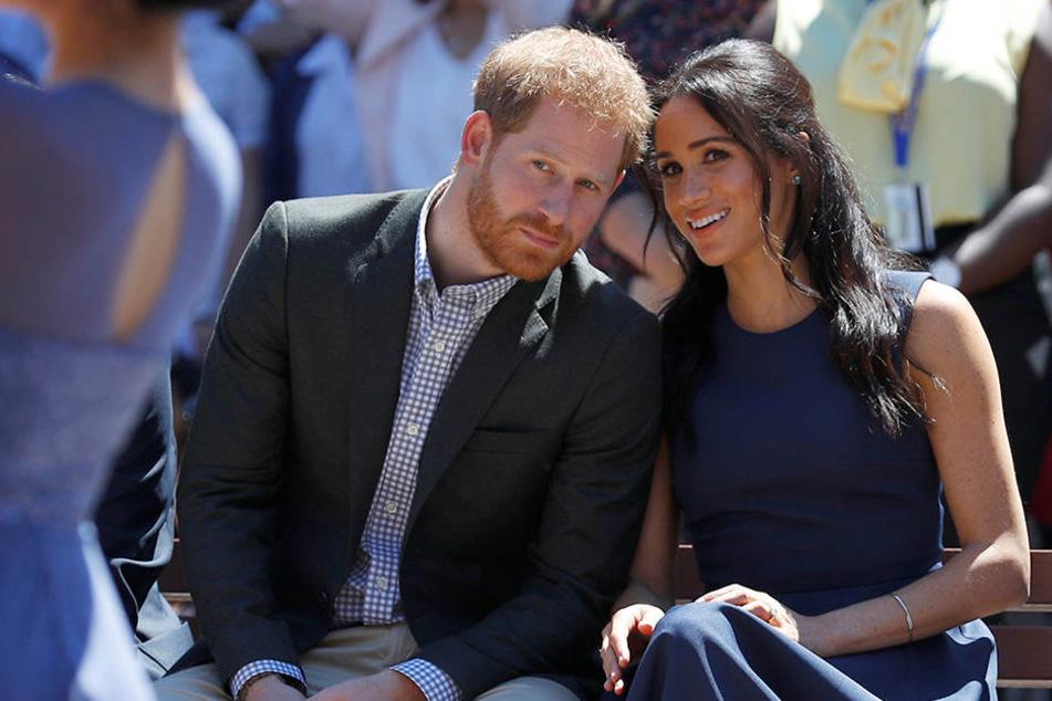 Beim Besuch einer Mädchenschule in Sydney kamen Harry und Meghan ins Schwärmen.