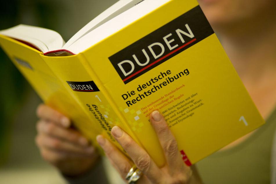 Im Wiesbadener Rathaus werden am Freitag die Wörter des Jahres vorgestellt (Symbolbild).