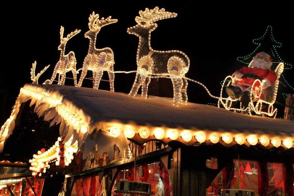 Auch in diesem Jahr sorgt die Polizei Bielefeld auf dem Weihnachtsmarkt für die Sicherheit. (Symbolbild)