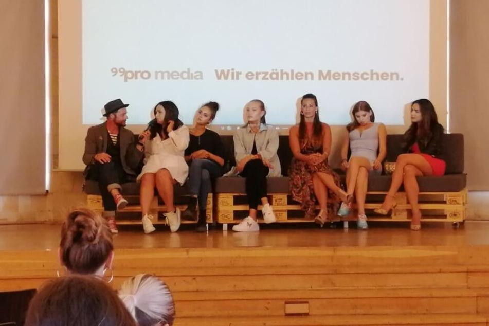 """Am Sonntag stellten sich sechs der """"7 Töchter"""" den Fragen der Presse in Leipzig."""