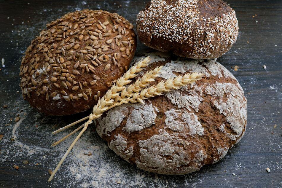 Am besten ist es, durch richtige Lagerung Brot und Brötchen so lange wie möglich frisch zu halten.