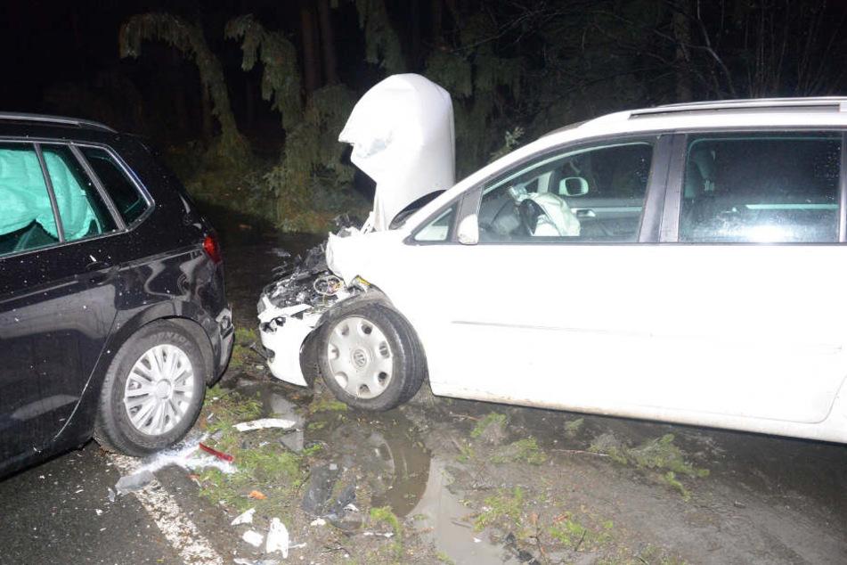 Beide Wagen hatten nach dem Unfall nur noch Schrottwert.