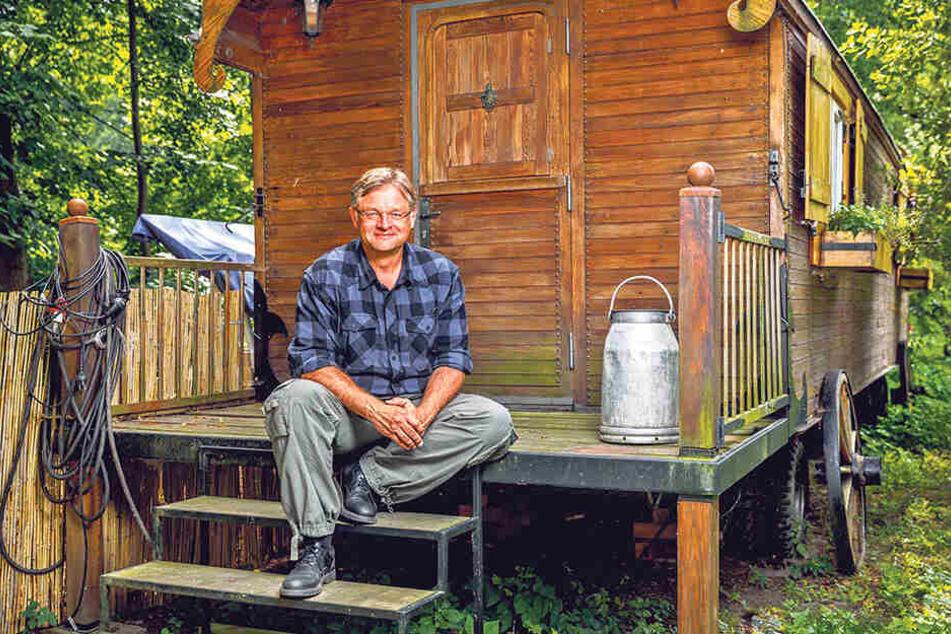Nach dem Scheitern bei der Landtagswahl vor fünf Jahren sieht sich Holger Zastrow (50) geerdet. Nun steckt er viel Energie in sein Projekt Hofewiese. Aber auch politisch möchte er es im September noch einmal wissen.