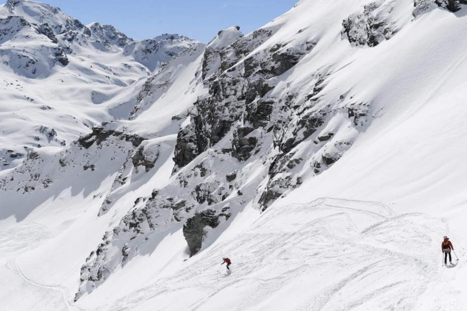 13.000 Touristen sitzen im Skiort Zermatt in der Schweiz fest.