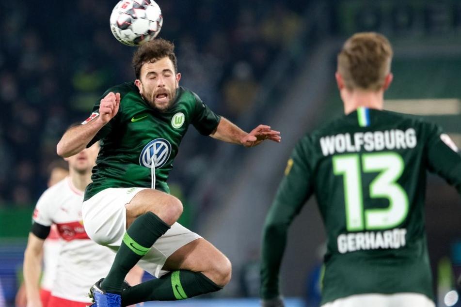 Mit dem Kopf am Ball: Wolfsburgs Admir Mehmedi.
