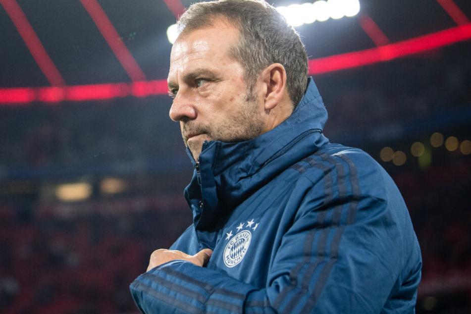 Bleibt er oder muss er gehen? Die Zukunft von Hansi Flick beim FC Bayern München ist unsicher.