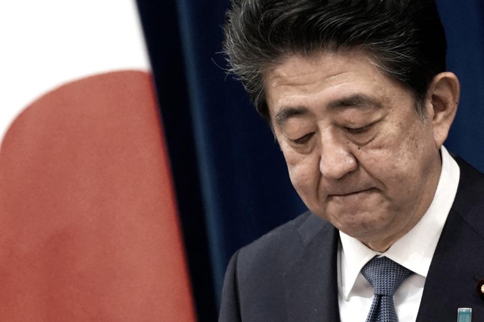 Paukenschlag in Japan: Regierungs-Chef Abe kündigt Rücktritt an!