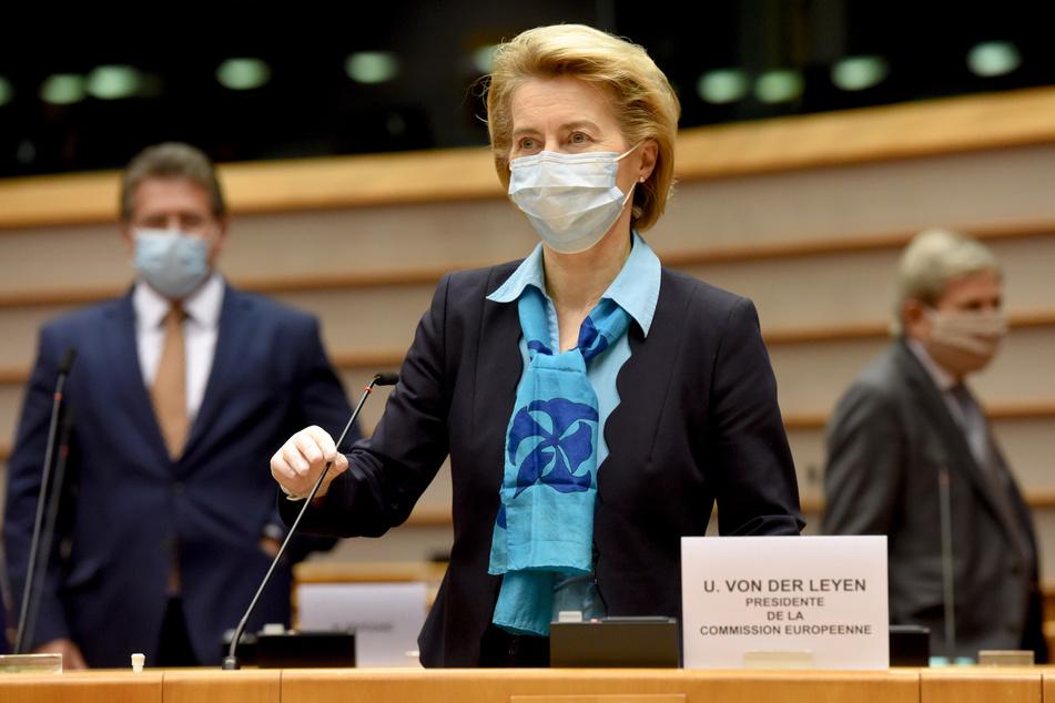 Als Lehre aus der Corona-Krise haben Bundeskanzlerin Angela Merkel (CDU) und mehrere ihrer EU-Kollegen eine engere Zusammenarbeit der Europäischen Union zur Abwehr künftiger Pandemien gefordert.