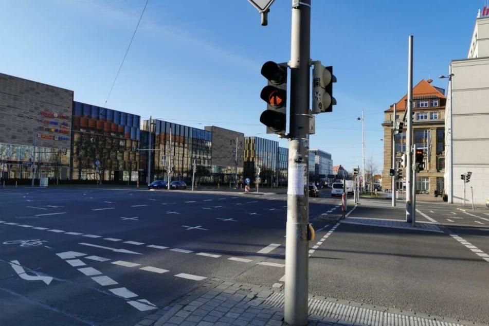1,3 Promille und kein Führerschein: Betrunkener nietet Ampel in Leipzig um