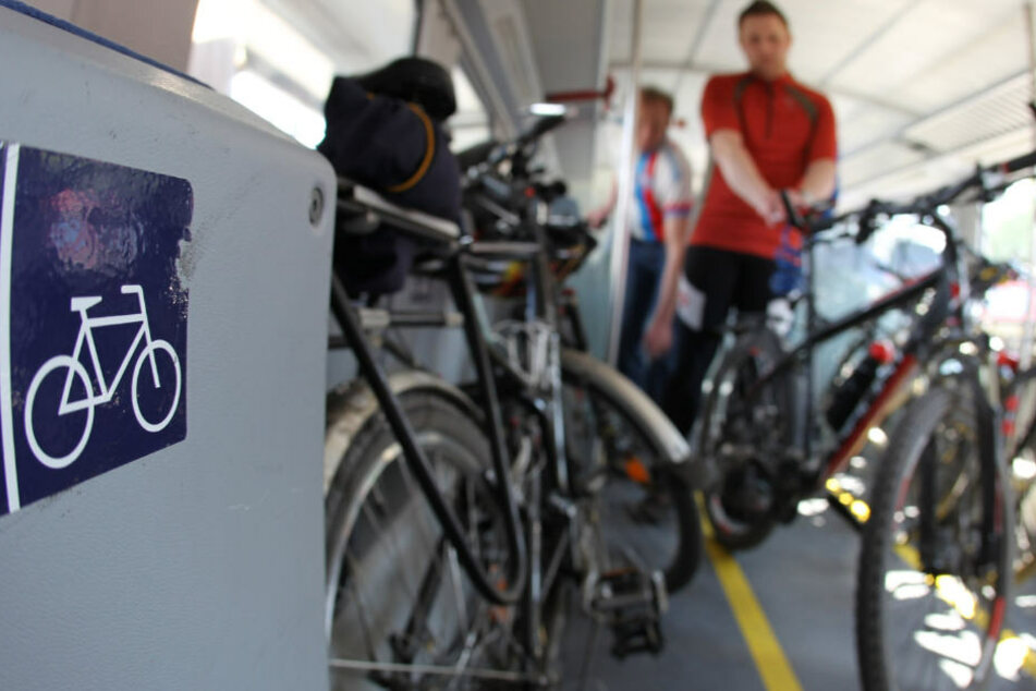 Im München-Nürnberg-Express soll es künftig mehr Platz für Fahrräder geben.