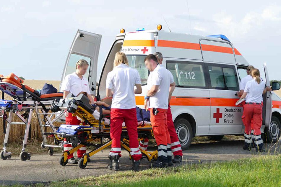Vier Personen wurden verletzt.