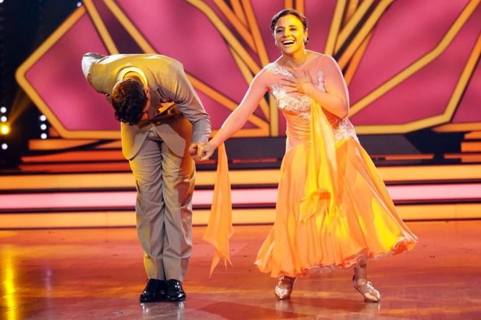 Susi Kentikian und ihr Tanzpartner Robert Beitsch: Die Boxerin ist raus!