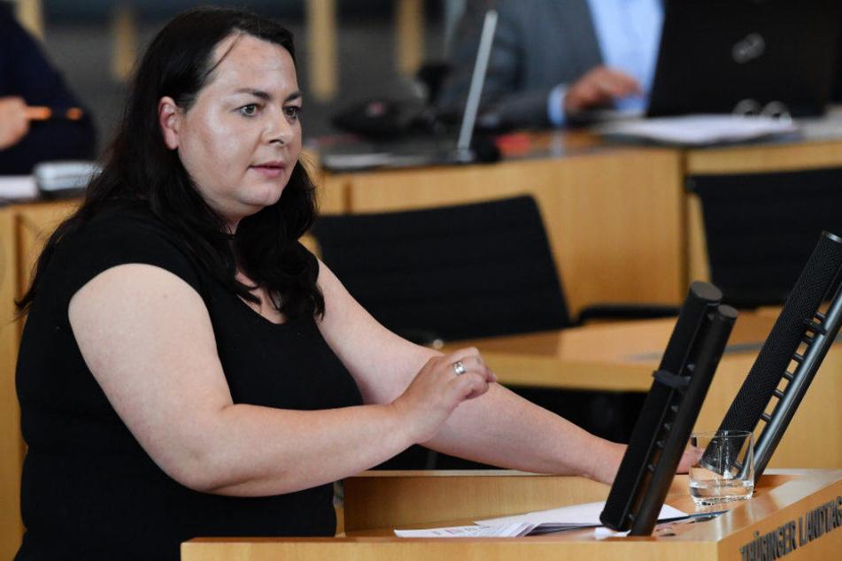 Katharina König-Preuss bemängelte das harte Vorgehen gegen linke Demonstranten.