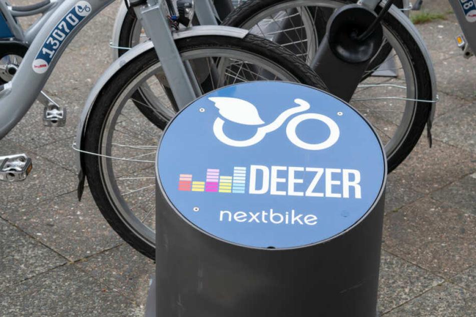 Mitarbeiter einiger Bezirke könnten auf Fahrrad-Sharinganbieter zurückgreifen.