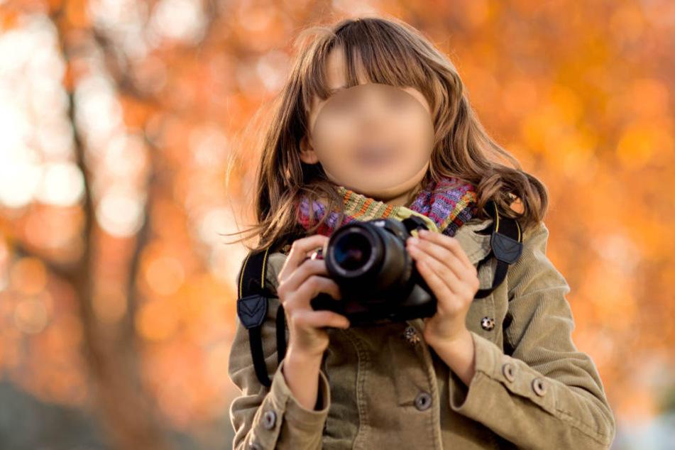 Ihr Opa ist nun auf der Suche nach den Kameras, mit welchen sie ihre letzten Fotos knipste (Symbolbild).