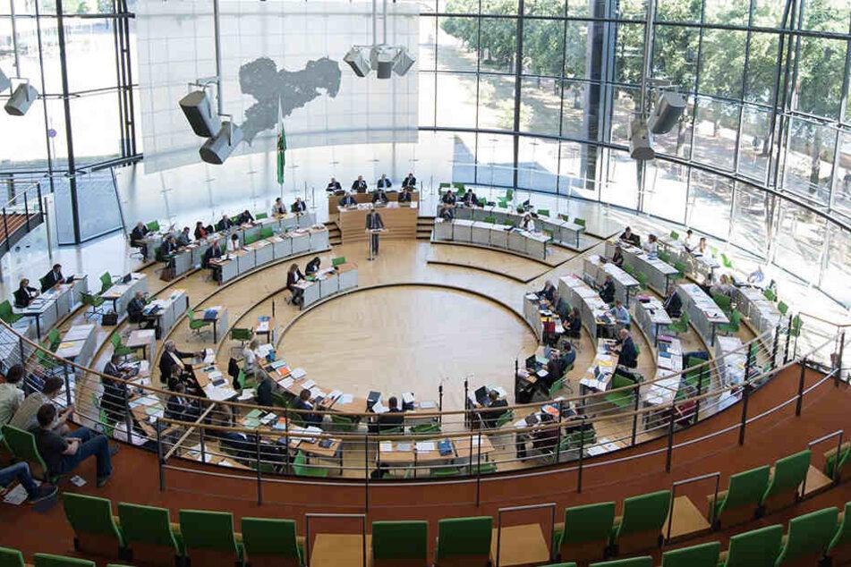 Wie sich der Landtag nach der Sachsen-Wahl zusammensetzt, ist offen, wie selten.