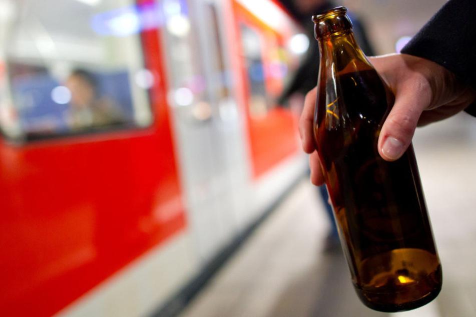Der 59 Jahre alte Mann hatte vor dem Zwischenfall Alkohol getrunken. (Symbolbild)