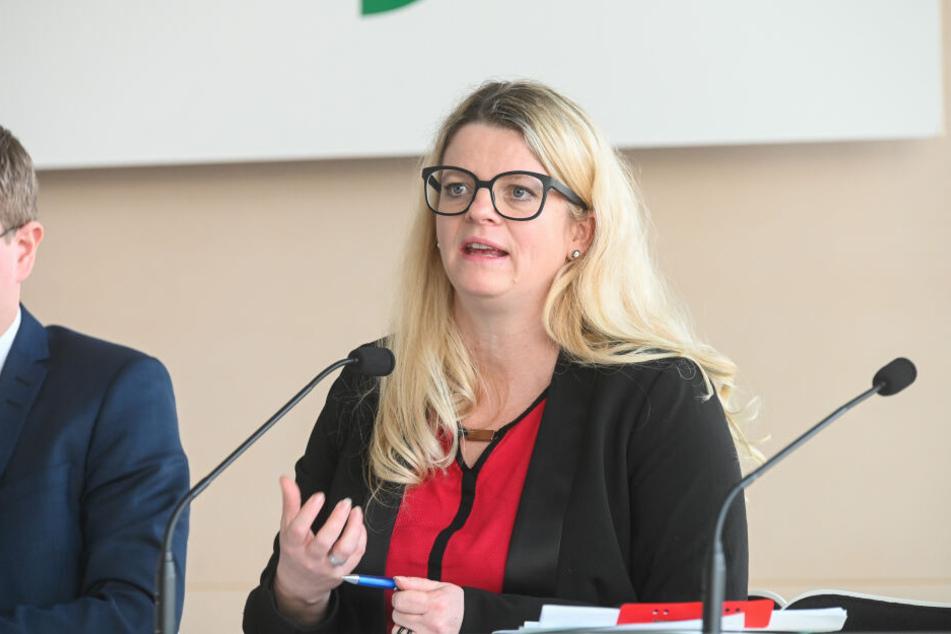 Susanne Schaper (41, Linke) fordert Kontrollen der Waffenbesitzer.