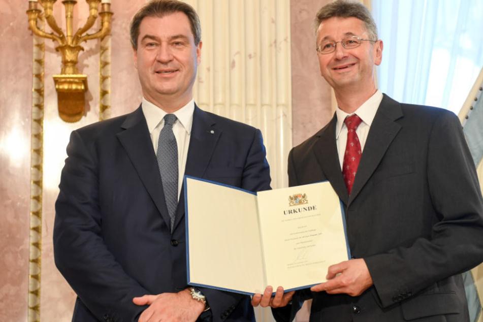 Ehrenrunde in Schule: Bayerns Kultusminister Michael Piazolo sitzengeblieben