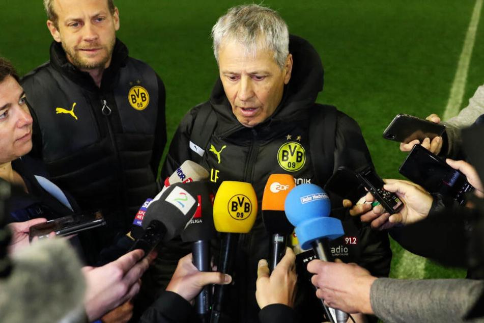 BVB-Coach Lucien Favre hat mehrere Spieler im Kader, die erst seit wenigen Tagen wieder trainieren. Er muss die Belastung daher dosieren.