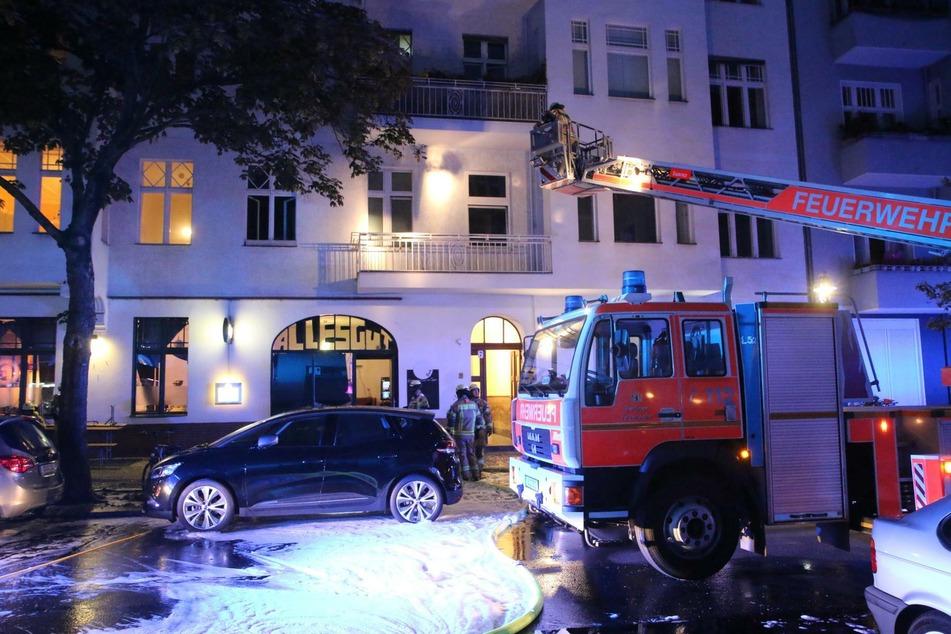 Die Feuerwehr war mit 30 Kräften im Einsatz.