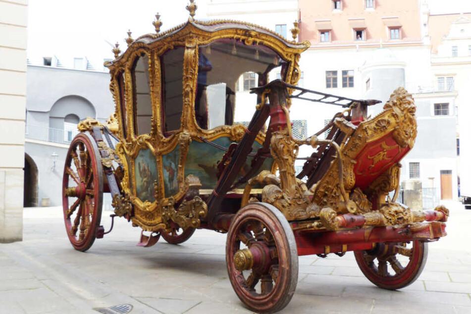 """""""Grand Carosse"""" ist ein Wagentyp, der sich in Frankreich in der zweiten Hälfte des 17. Jahrhunderts entwickelte. Vergleichbare Exponate gibt es nur noch drei auf der Welt!"""