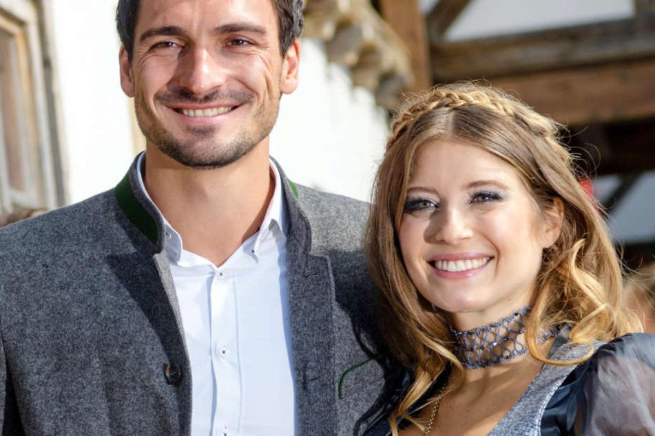 Cathy Hummels hat zusammen mit Ehemann Mats vom FC Bayern München ein Kind. (Archivbild)