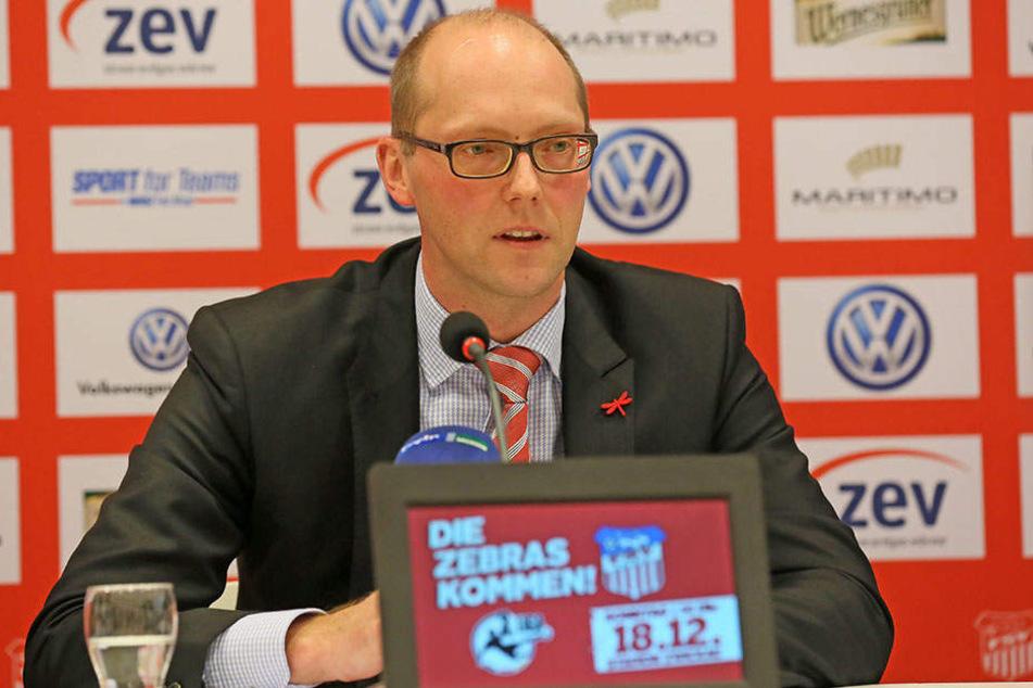 Die Terminfindung erweist sich auch für FSV-Vorstandssprecher Tobias Leege als schwierig.