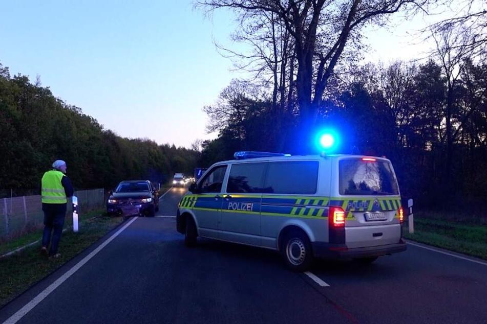 An beiden Autos entstand ein hoher Sachschaden.