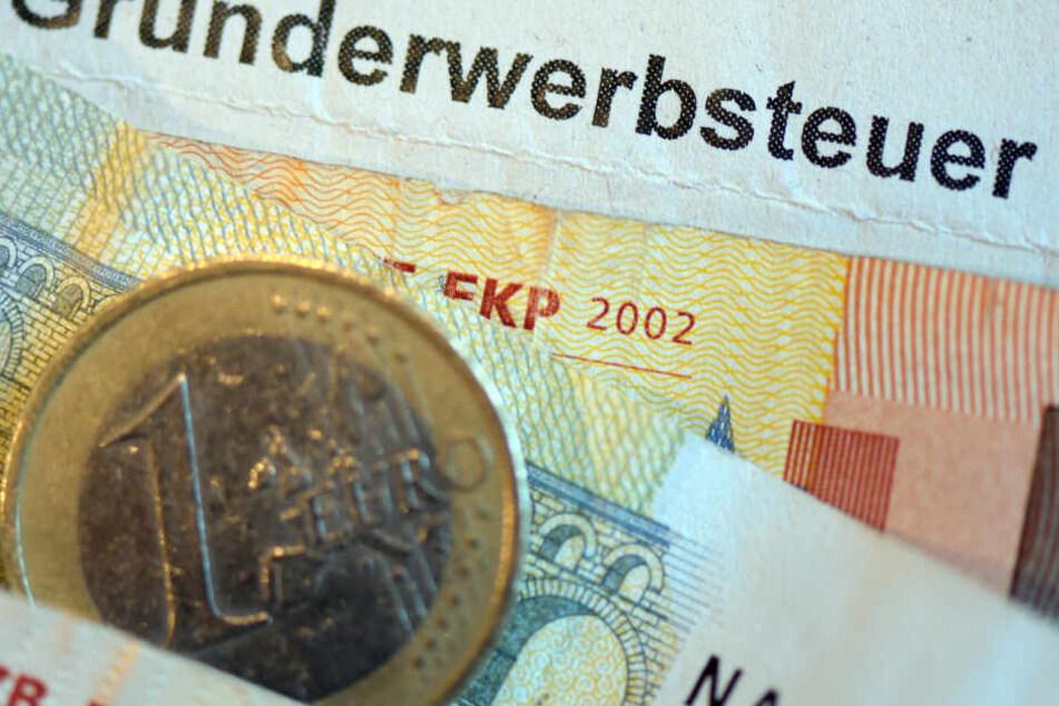 Über 70 Millionen Euro mehr Grunderwerbsteuer haben die Finanzämter in Mitteldeutschland 2018 im Vergleich zum Vorjahr eingenommen.
