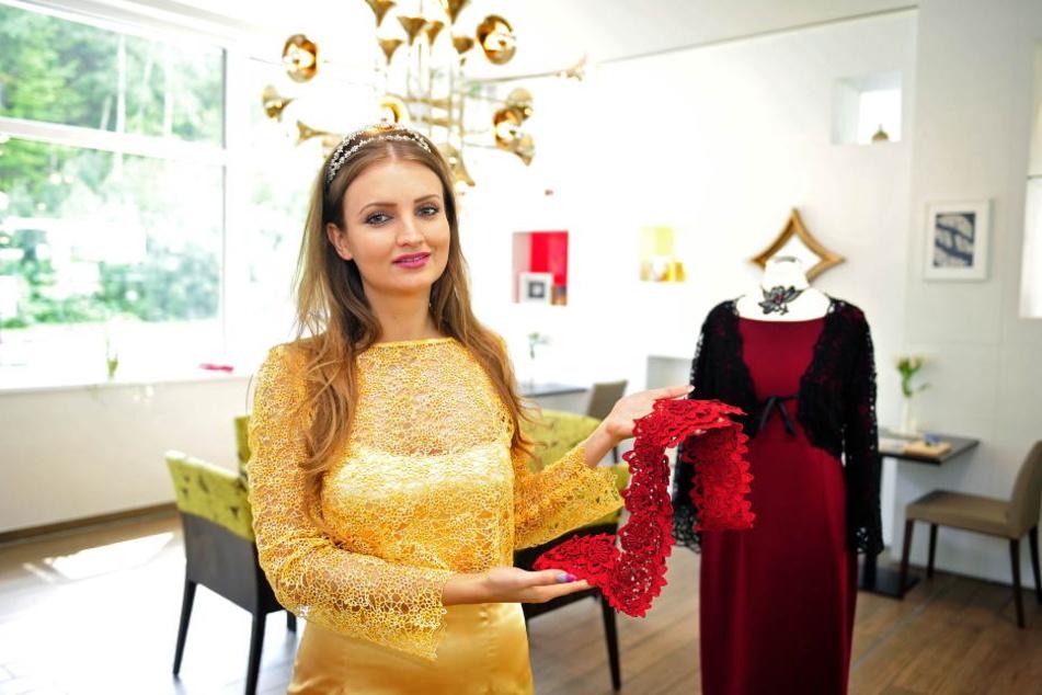"""Spitzenprinzessin Barbara Riss (27) eröffnete am Freitag den """"Showroom"""" im Hotel."""