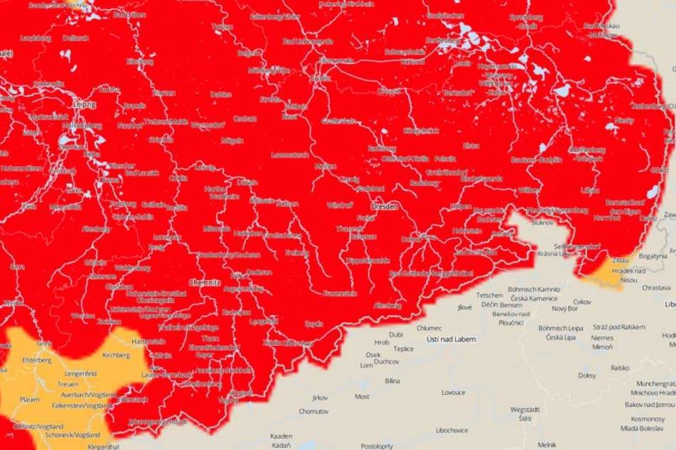 Für Montag wird in fast ganz Sachsen vor Sturmböen gewarnt.