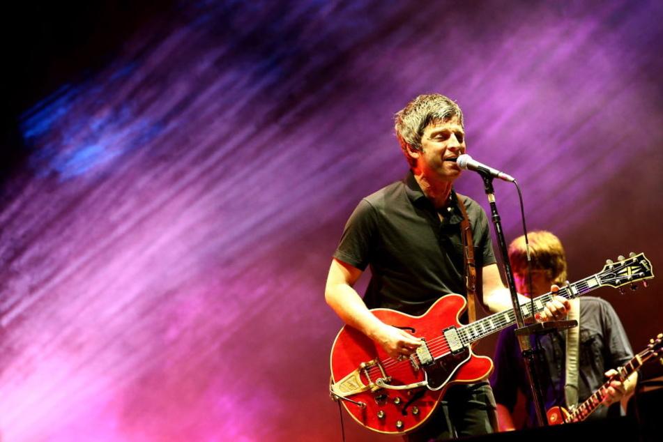 """Am Sonntagabend spielt Noel Gallagher im Hamburger """"Mehr!Theater""""."""
