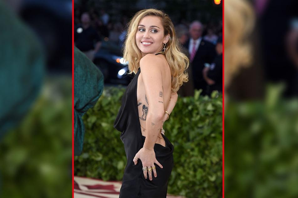 Miley Cyrus (26) weiß genau, wie man die Blicke aller Männer auf sich zieht.