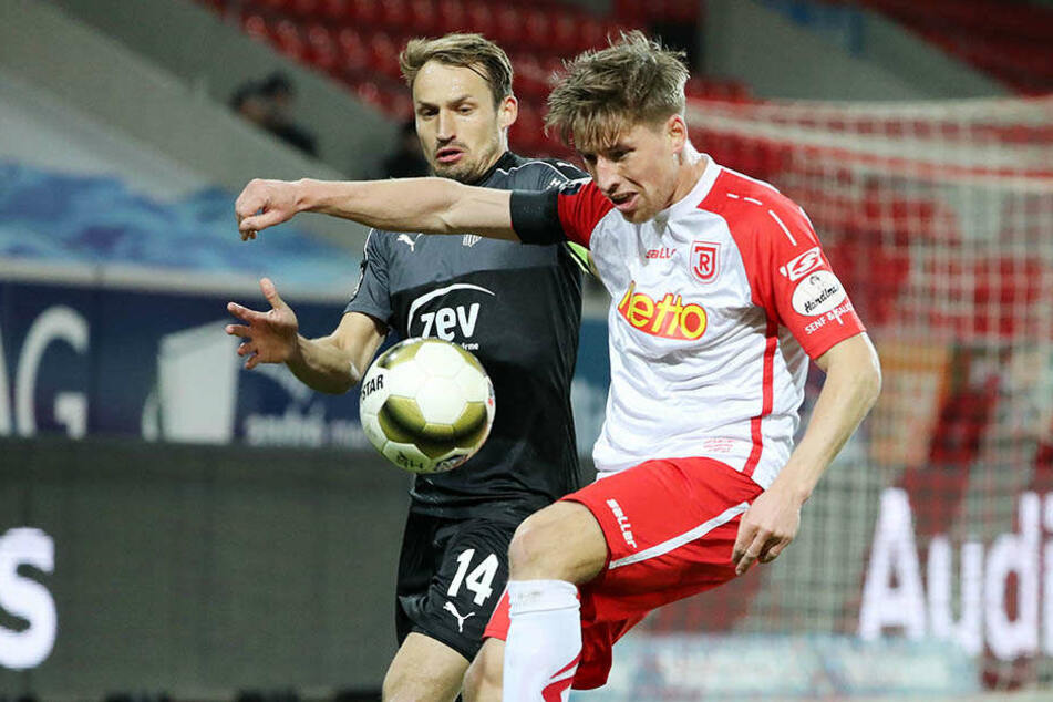 Toni Wachsmuth gegen Ex-Chemnitzer Kolja Pusch.