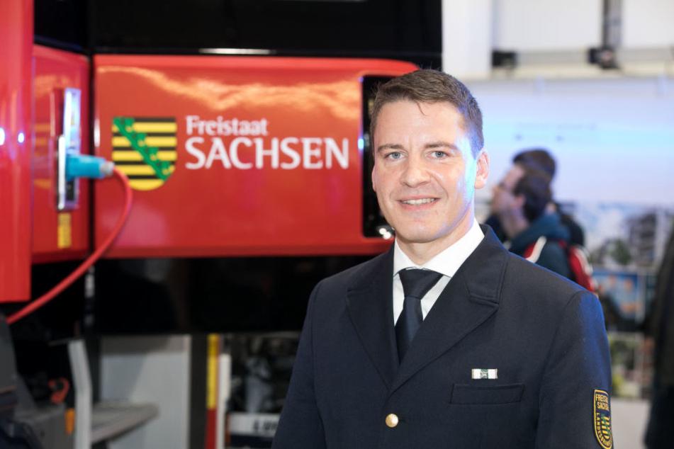 René Kraus (44) will vom Chefposten der Landesfeuerwehrschule an die Chemnitzer Spitze wechseln.